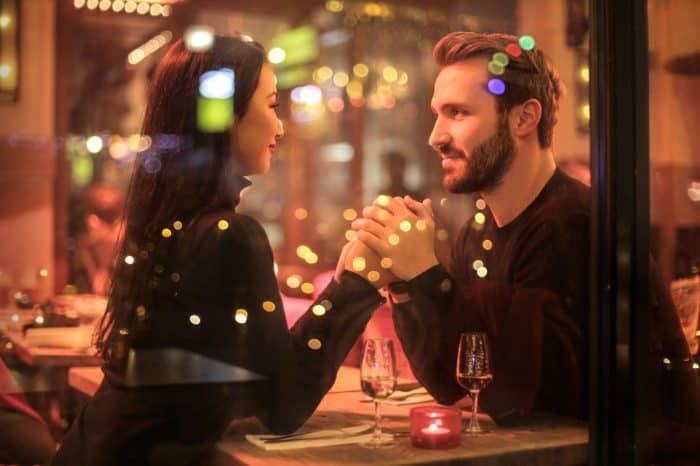 Удачные дни для свидания: когда назначать свидание