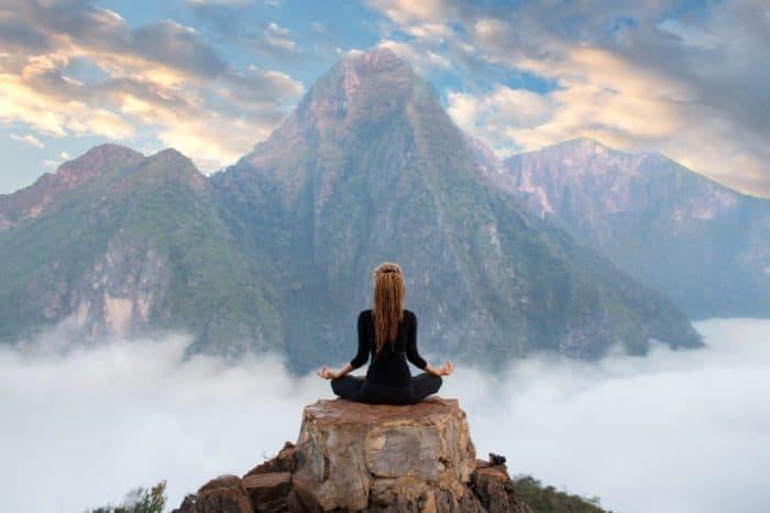 Как справиться с депрессией и душевным кризисом с помощью астрологии