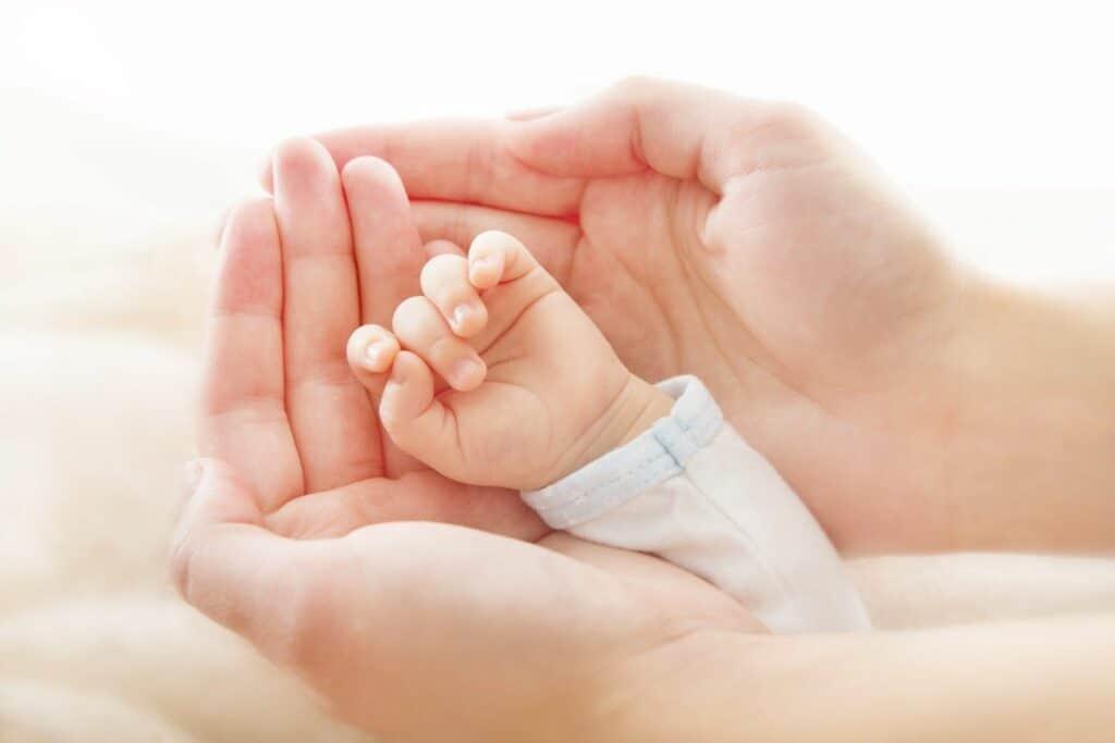 Линия детей на руке